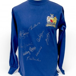 Signed-Manchester-United-1968-European-Cup-Final-Shirt (1)