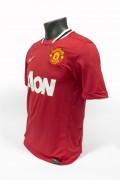 Signed-Ryan-Giggs-Manchester-United-Shirt (3)