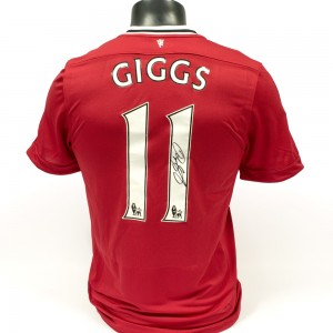 Signed-Ryan-Giggs-Manchester-United-Shirt (4)