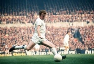 Leeds United captain Billy Bremner in action Circa 1974. Pic courtesy of Mirrorpix