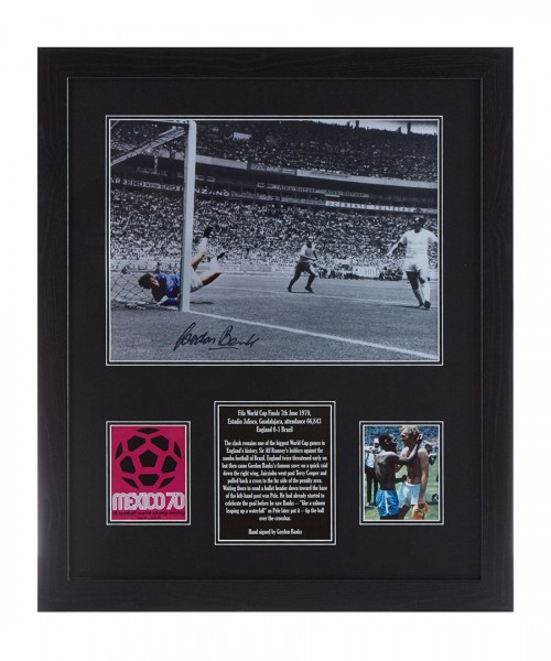 Gordon Banks Signed Photo