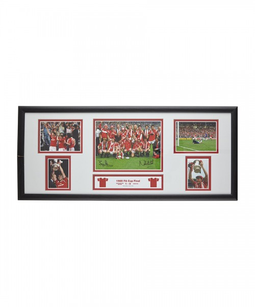 Robson and Whiteside Signed Storyboard