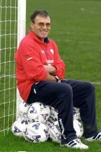 Crewe manager Dario Gradi at training ground before his 1000th game in charge  Nov 2001. Pic via Mirrorpix