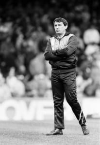 Graham Taylor stands on the touchline during Watford's 1987 FA Cup semi final tie against Tottenham Hotspur at Villa Park. Pic via Mirrorpix.