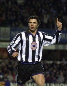 Gary Speed celebrates  scoring for Newcastle, 1999. Pic via Mirrorpix.