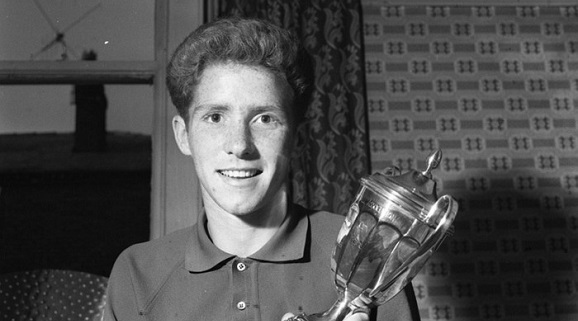 Alan Ball aged only seventeen, pictured just before playing for Blackpool's first team against Liverpool. Image via Mirrorpix.