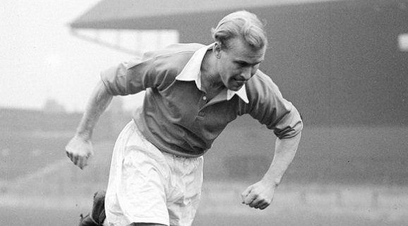 Wilf Mannion Middlesbrough Circa December 1946 - January 1947.