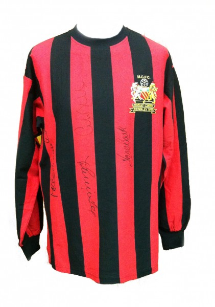 city 1968 shirt signed by 4