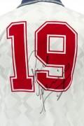 Signed-Paul-Gascoigne-England-Shirt (1)