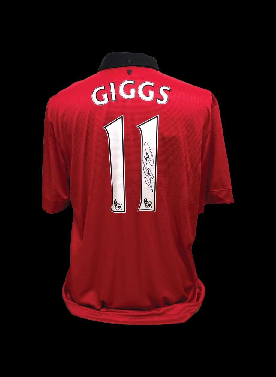 newest collection 00ad9 6430f Ryan Giggs Signed Manchester United Replica Shirt