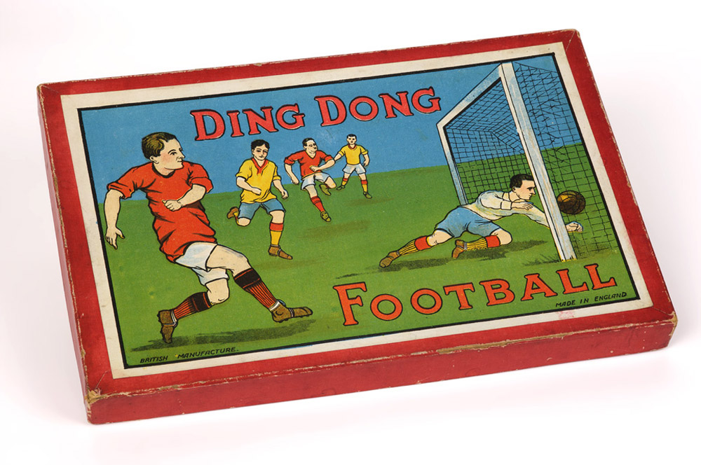 Ding Dong Football Game. Circa 1940 - National Football Museum