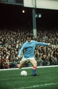 Mike Summerbee in action for Manchester City 1974. Pic courtesy of Mirrorpix.