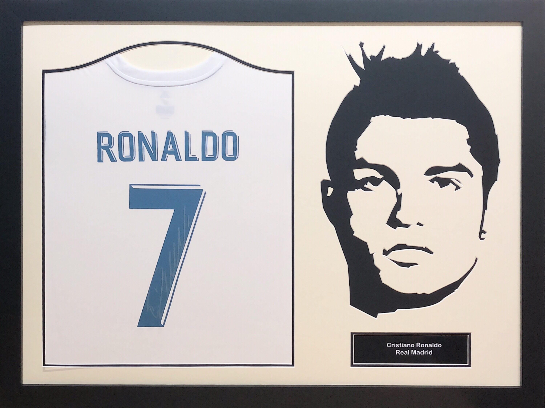 super popular 1c618 336f8 Cristiano Ronaldo Real Madrid Signed Shirt – Framed Silhouette or Photo's