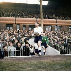 1960 1961 Tottenham Hotspur Double Winning Season. FA Cup Semi Final v Burnley. Danny Blanchflower leads the team out followed by goalkeeper Bill Brown.  18th March 1961. Pic courtesy of Mirrorpix.