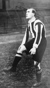 Newcastle United Number 9 Hughie Gallacher . c.1925 Pic courtesy of Mirrorpix.