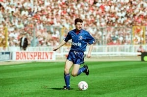 Littlewoods Cup Final. Nottingham Forest 1 v. Oldham Athletic 0. Denis Irwin. 29th April 1990. Pic via Mirrorpix