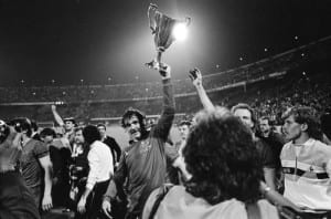 European Cup Winners Cup Final. Rotterdam, Holland. Everton 3 v Rapid Vienna 1.  Everton goalkeeper Neville Southall  celebrates with the trophy after the match 15th May 1985. Pic via Mirrorpix.