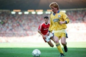 Manchester United 1-1 Leeds United 1992 Premier League Campaign Action from league match at Old Trafford. Gordon Strachan of Leeds. Pic via Mirrorpix