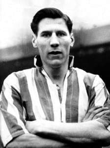 Len Shackleton signed for Sunderland in 1948, costing £20,050 - a British transfer fee record at the time. Pic via Mirrorpix.