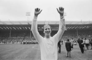 Jack Charlton acknowledges the Leeds United supporters after their 1-0 victory over Arsenal in the 1972 FA Cup final at Wembley. Image via Mirrorpix.
