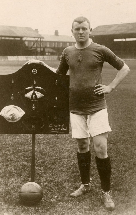 Charlie Roberts, captain of Manchester United. (Image via Manchester United Football Club)