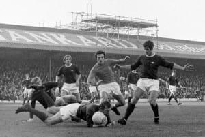 Bob Wilson throws himself at a Blackpool attacker's feet in customary fashion. (Image via Mirrorpix)
