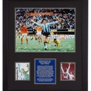 Mario Kempes Signed 1978 World Cup Final Photo