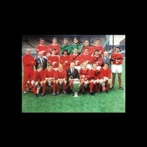 Manchester United 1968 European Cup Final Photo Signed by 10