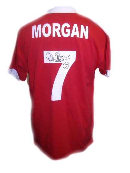 new arrival b5137 605d8 Willie Morgan Signed Manchester United Shirt